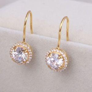 New Henri Bendel Gold Zirconia Pave Earrings
